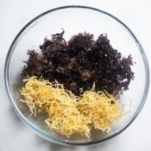 top angle of Irish Moss and Sea Moss in a glass bowl